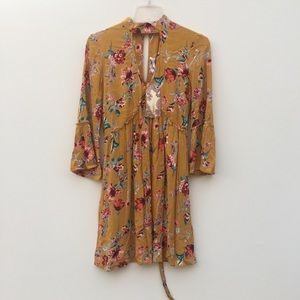 NWT Band of Gypsies Floral Bell Sleeve Dress Small